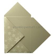 Stardream Silver White Snowflake Pochette Invitation 5-1/8 x 7
